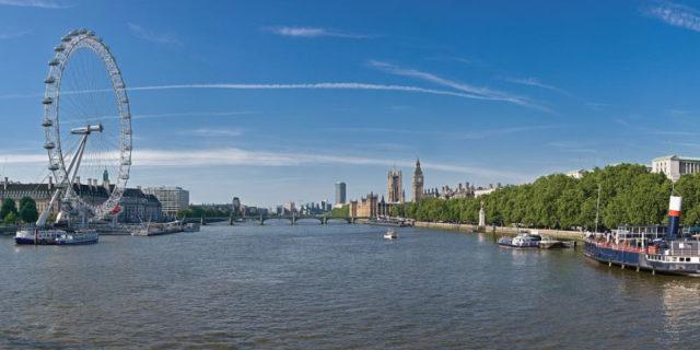 DHL Kargo Thames