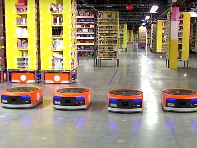 https://www.kargomkolay.com/wp-content/uploads/2019/05/Depolama-Robotları-640x480.jpg